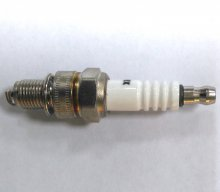 Свеча зажигания для 4тактных двигателей Hummer A7RTC