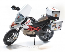 Детский электромотоцикл Peg-Perego Ducati Hypercross